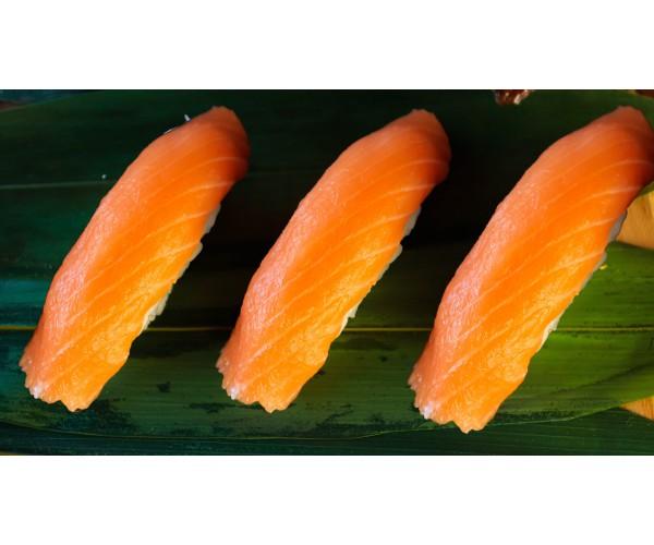 Суши с лососем 3шт.